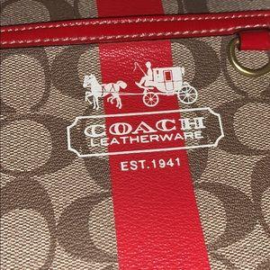 Coach Bags - NWOT Coach 2007 Messenger Bag